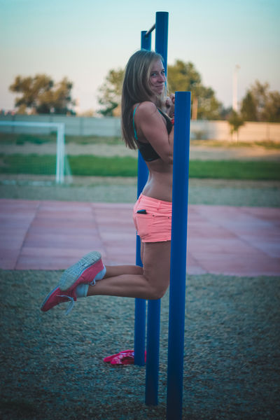 18Ameliya - Escort Girl from Hayward California