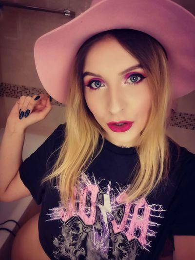 Janet Lundberg - Escort Girl from Hialeah Florida