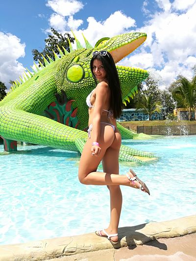 Ammelie Bastet - Escort Girl from Modesto California