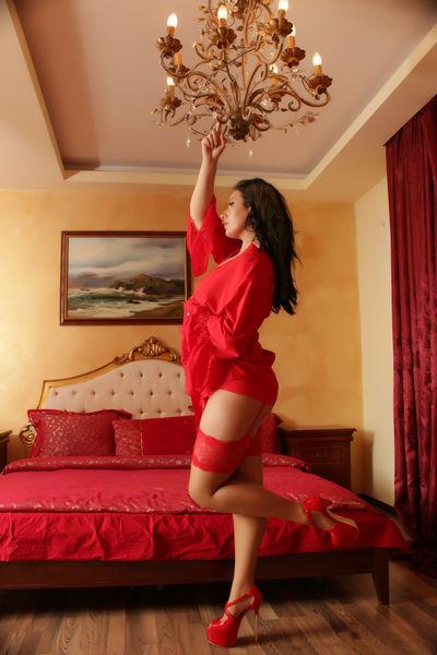 Edith Jones - Escort Girl from Modesto California