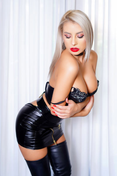 Beatrice Grout - Escort Girl from New Haven Connecticut