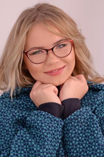 Pauline Vinson - Escort Girl from Newport News Virginia