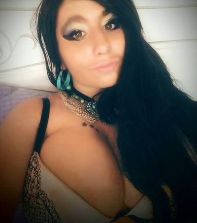 Rowena Barrett - Escort Girl from Lowell Massachusetts
