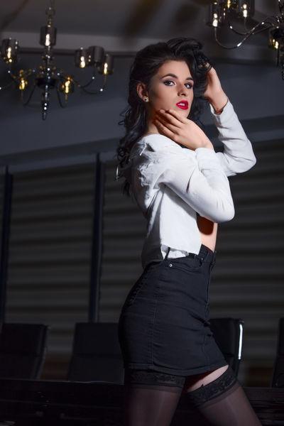 Annie Skye - Escort Girl from Modesto California