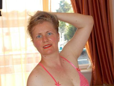Joyce Adair - Escort Girl from Tucson Arizona
