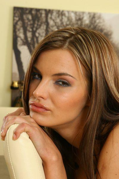 Ana Delfino - Escort Girl from Newark New Jersey