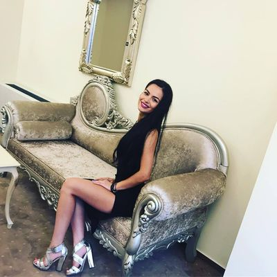 Violet Green - Escort Girl from Long Beach California
