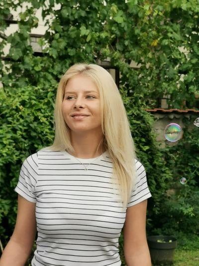 Kelly Henderson - Escort Girl from Naperville Illinois