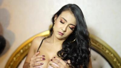 Juliann Hurtado - Escort Girl from Newport News Virginia