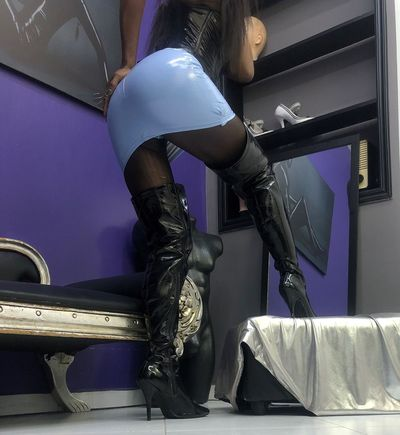 Ezrah Naor - Escort Girl from Lakeland Florida