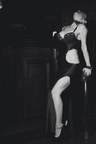 Giselle Dome - Escort Girl from New York City New York
