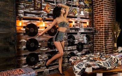 Kata Leyia - Escort Girl from North Charleston South Carolina