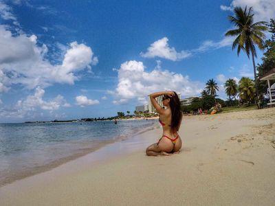 Dina Lee - Escort Girl from Pembroke Pines Florida