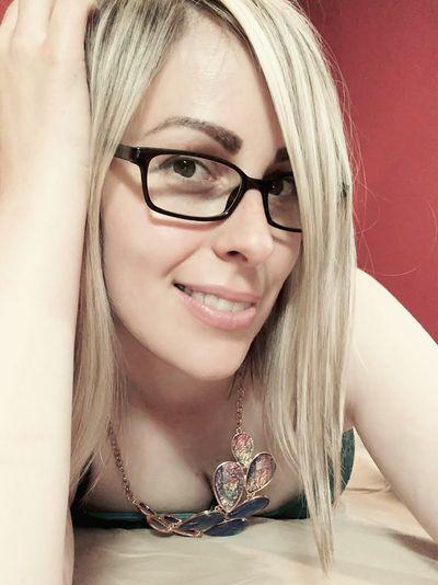 Shirley Thomsen - Escort Girl from Naperville Illinois