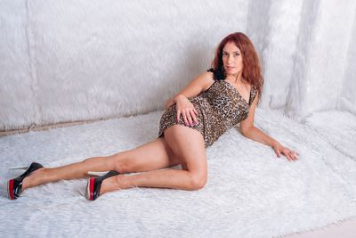Elsie Hutchinson - Escort Girl from Naperville Illinois