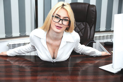 Stephanie Abernathy - Escort Girl from New York City New York