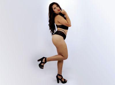 Lisa Roberts - Escort Girl from Naperville Illinois