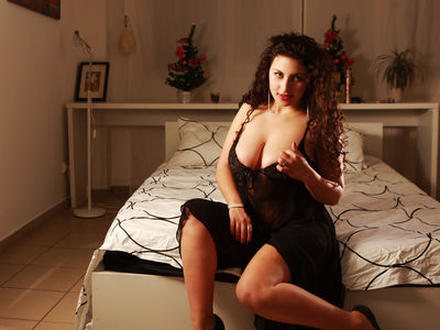 Lovely Leticia - Escort Girl from Pembroke Pines Florida