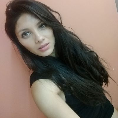 Rosa Vivian - Escort Girl from Warren Michigan