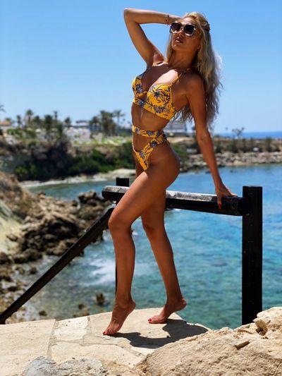 Karen Mc Grath - Escort Girl from Modesto California
