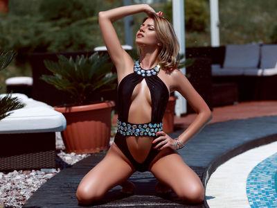 Laura Hillenbrand - Escort Girl from Murrieta California