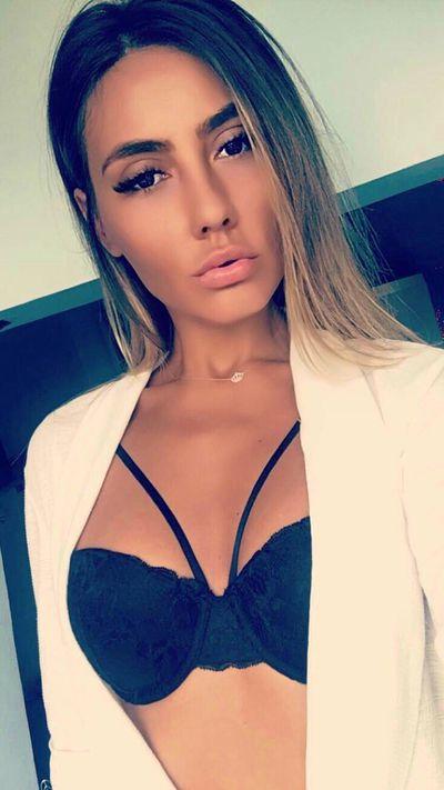 Evelyn Gonzales - Escort Girl from McAllen Texas