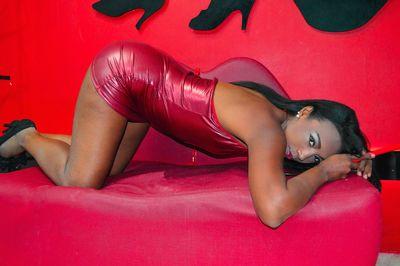Latoya Whitaker - Escort Girl from Murrieta California
