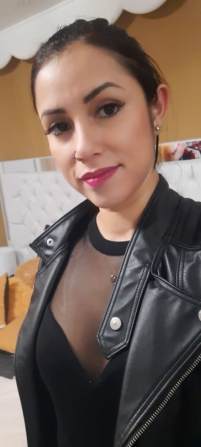 Portman Annes - Escort Girl from Moreno Valley California