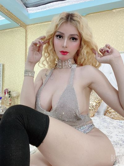 Macie Harshman - Escort Girl from New Haven Connecticut