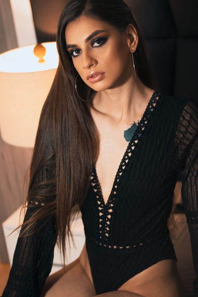 Abril Romero - Escort Girl from North Charleston South Carolina
