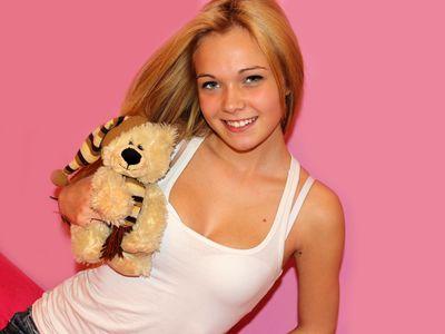 Anna Here - Escort Girl from Richmond California