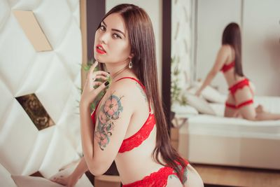 Camila Arango - Escort Girl from Pearland Texas