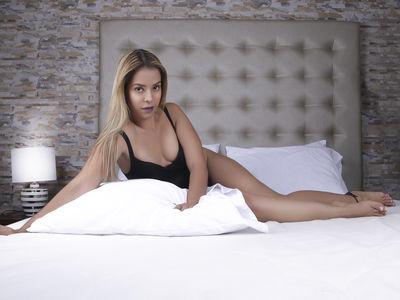 Carla Bourne - Escort Girl from Richmond California