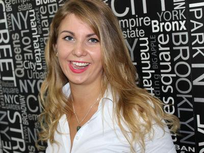 Simone Caruso - Escort Girl from Greensboro North Carolina