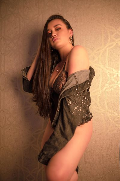 Cristina Nixon - Escort Girl from Mobile Alabama