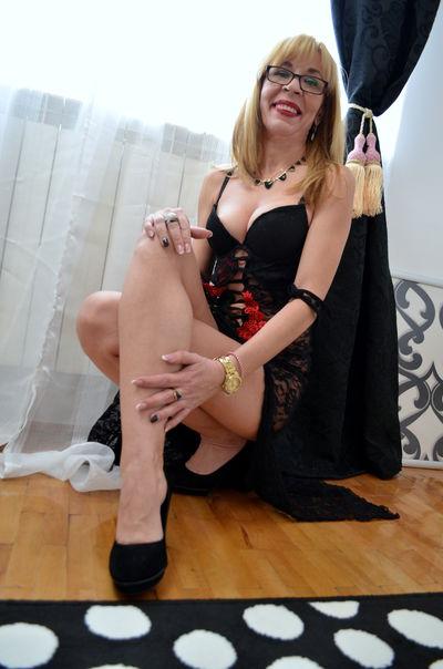 Daisy Adele - Escort Girl from Lexington Kentucky