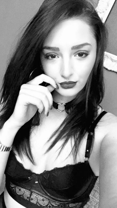 Daphny Lewis - Escort Girl from Norman Oklahoma