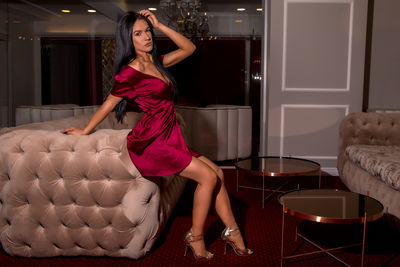 Amelie Jaz - Escort Girl from Naperville Illinois