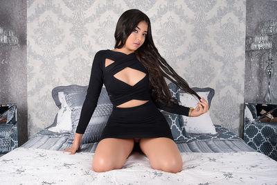 Julia Vidal - Escort Girl from Warren Michigan