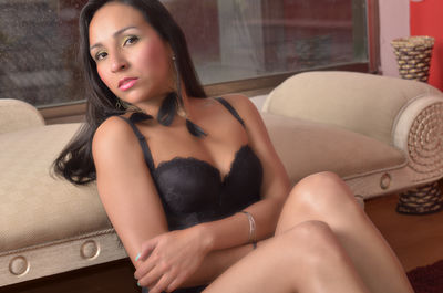 Anais Navarro - Escort Girl from Moreno Valley California