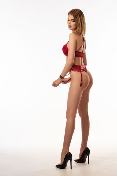 Blonde Escort in Lakewood Colorado