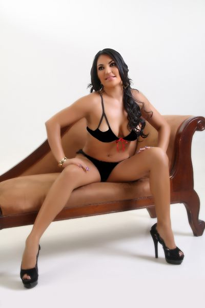 Middle Eastern Escort in Kansas City Kansas