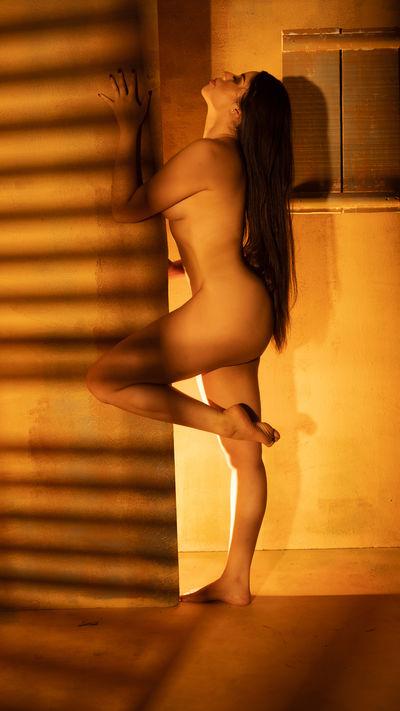 Lenna Reyes - Escort Girl from North Charleston South Carolina