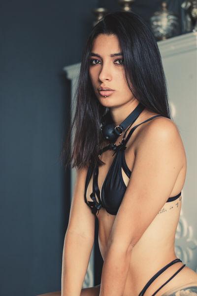 Louane Bour - Escort Girl from New York City New York