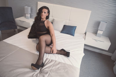 Luna Dobreva - Escort Girl from Naperville Illinois