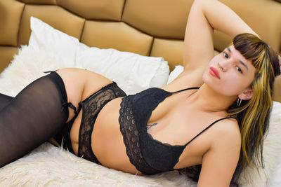 Marla Conor - Escort Girl from Honolulu Hawaii