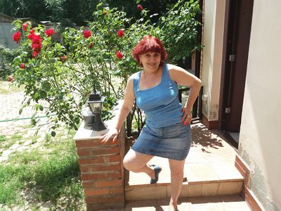 Mature Laura - Escort Girl from New Haven Connecticut