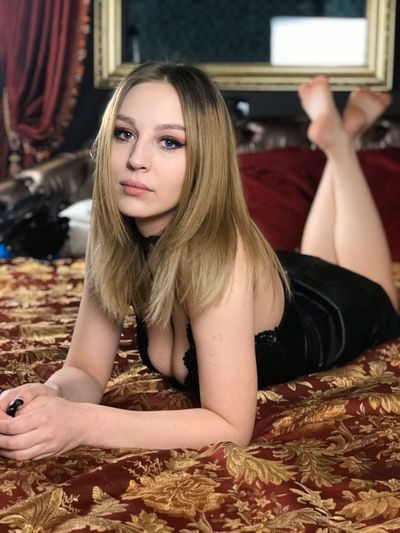 Janet Mayer - Escort Girl from Washington District of Columbia