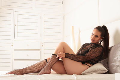 Naomi Truenal - Escort Girl from Pembroke Pines Florida