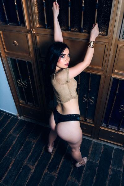 Nina Novakov - Escort Girl from Moreno Valley California